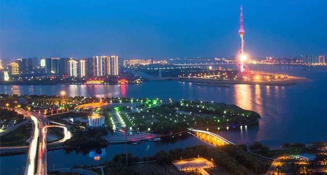新中国成立以来研究生教育实现历史性飞跃